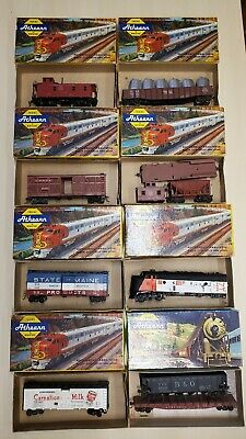 $ CDN58.91 • Buy LOT OF 8 HO Athearn Trains In Miniature Freight