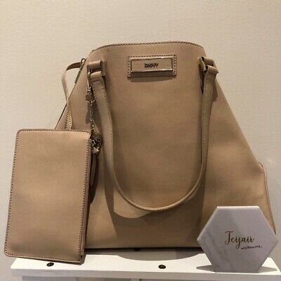 AU200 • Buy Large Beige DKNY Tote Bag - Good Condition