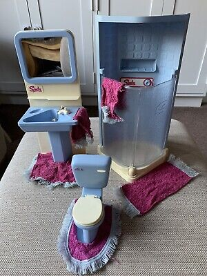 Sindy Shower, Sink And Toilet With Mats • 10£
