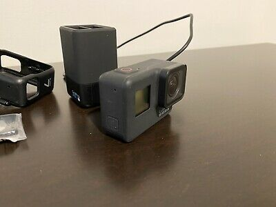 AU300 • Buy GoPro HERO7 Action Camera - Black With Accessories READ