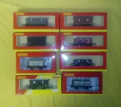 Hornby Big Four-era Model Railway Freight Wagons (OO Gauge) • 10£