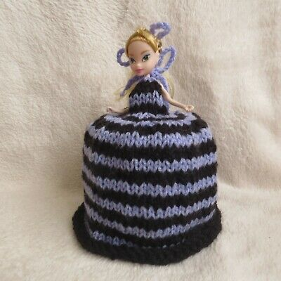 Knitted Toilet Roll Doll Cover • 7.99£