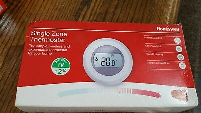 Honeywell Y87RF2024 Single Zone Thermostat  • 65£
