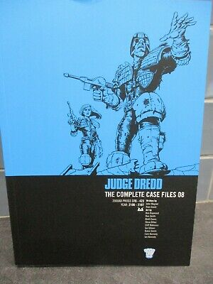 Judge Dredd: The Complete Case Files 08 (2000AD Progs 376 - 423) Graphic Novel • 10£