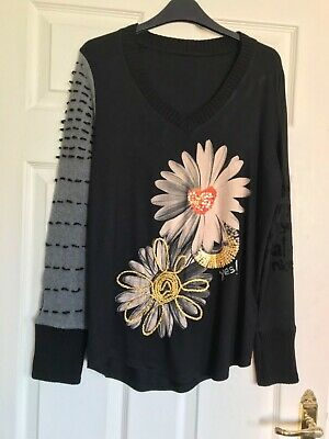 "Gorgeous Desigual V Neck Daisy Top, M(Up To 38"" Bust), New Without Tags • 28£"
