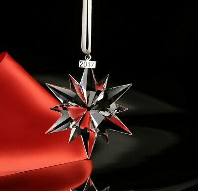 NIB SWAROVSKI Annual Christmas Star Decoration 2017 • 45£