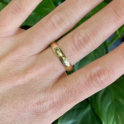 AU259 • Buy 9ct Yellow Gold Domed Plain Wedder Band Ring - Size: U 1/2