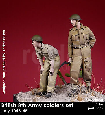 RADO WW2 British 8th Army Two Figures Set W/decals And PE 1/35 Scale Resin Model • 21.99£