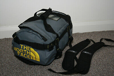 The North Face Base Camp Duffel Bag 31L Extra Small - Grey • 55.99£