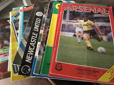 Manchester United Away Programmes X 14 (seasons 1985/86-87/88) • 4.99£