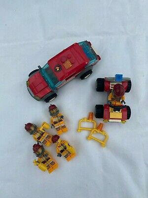LEGO Fire Rescue Set Small Group Of Firefigters • 4.50£