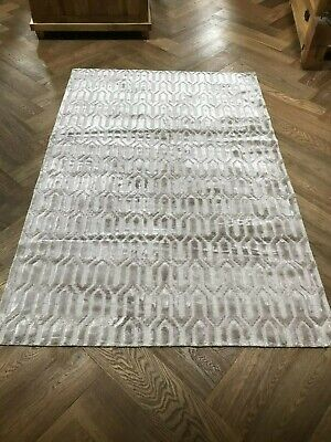 Silver Grey Viscose Cut And Loop , New And Unused ,Contemporary Design Large Siz • 90£