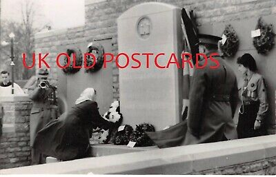 £6 • Buy Oxfordshire - CHIPPING NORTON, War Memorial, Real Photo By Frank Packer