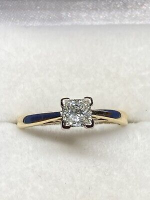 18ct Gold Princess Cut Diamond ( .50pts) Solitaire Ring • 375£