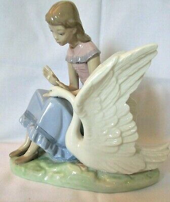 LLADRO/NAO Stunning Large Vintage Girl Seated With Swan   My Swan  505 • 11£