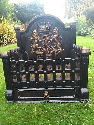 Solid And Heavy Ornate Cast Iron Fire Basket / Grate. Black With Gold Detailing. • 19.99£