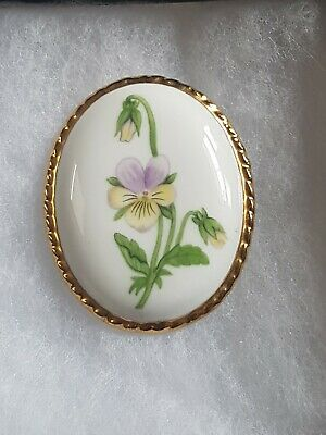 Vintage Brooch Porcelain Floral Painted Pansy Gold Tone Frame Pretty Costume • 2.99£