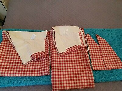 2 Single Gingham Curtains Red Cream Check  Dunhelm  Home Decor Drapes Blinds  • 9.99£