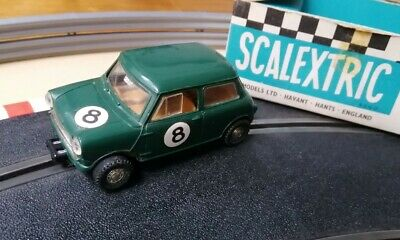 Scalextric C76 Mini Cooper Green. Boxed. Damaged. • 10£