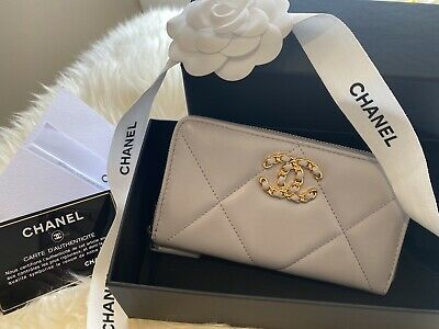 AU1295 • Buy Authentic Chanel 19 Zipped Wallet Medium Grey 20C Collection - New!