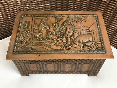 Jacob & Co Antique Biscuit Tin Hunting Scene • 19.50£