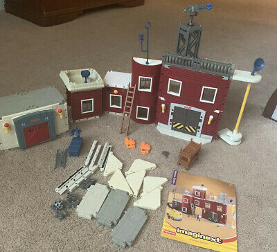 Imaginext Rescue Center Fire Station + Hospital Set 2002 Fisher Price Parts • 21.70£
