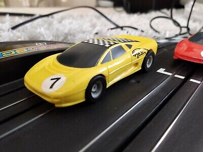 Micro Scalextric Jaguar XJ220 Racing. NEW REAR TYRES & BRAIDS. TESTED • 9£