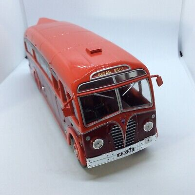 IXO 1:43 AEC Regal III Harrington Soudly Valley Bevan Bros 1950 Coach • 12.50£