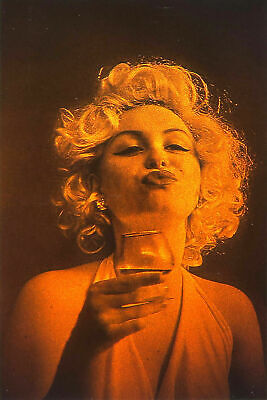 £14.42 • Buy 4x6  10x15cm Marilyn Toast - True 3D Laser Hologram Picture Matted