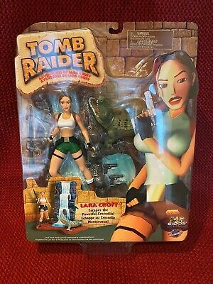 Lara Croft Tomb Raider Action Figure South Pacific Playmates Crocodile Box 72025 • 15£