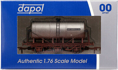 DAPOL 4F-031-032 - 6 Wheel Milk Tank - Unigate (Weathered) [NEW] • 16.50£