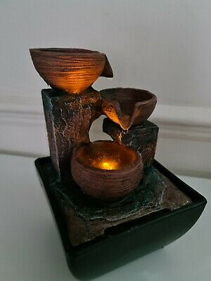 Indoor Stone Fountain Water Feature LED Lights Polyresin Statue USB Or Battery • 15.99£