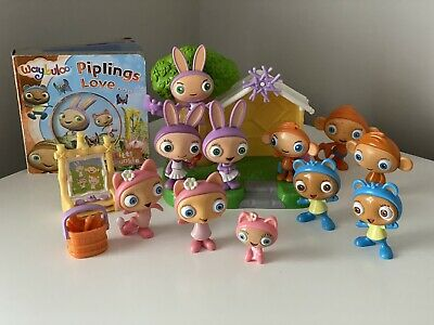 Waybuloo Figures, Playset And Accessories, And 'Piplings Love...' Book • 18.50£