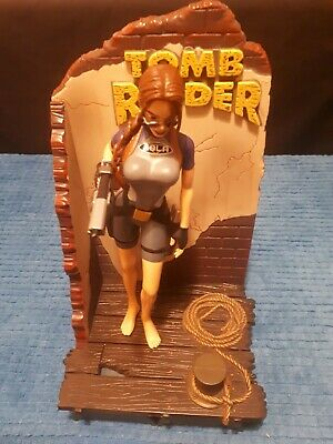 Tomb Raider Lara Croft In Wetsuit Outfit Action Figure - Playmates 1998 - Boxed • 9.50£