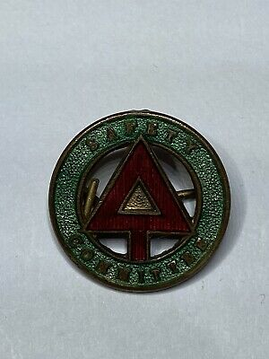 Safety Committee Club Enamel Pin Badge - Vintage - Super Condition • 1.99£