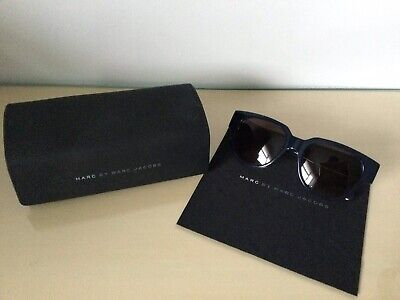 Marc Jacobs Navy Rimmed Ladies Sunglasses With Cloth And Case • 25£