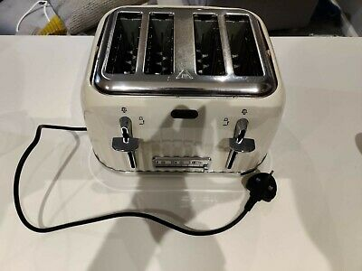 £80 • Buy Cream Breville Set - Toaster, Kettle And Microwave RRP £130 - Selling As A Trio.