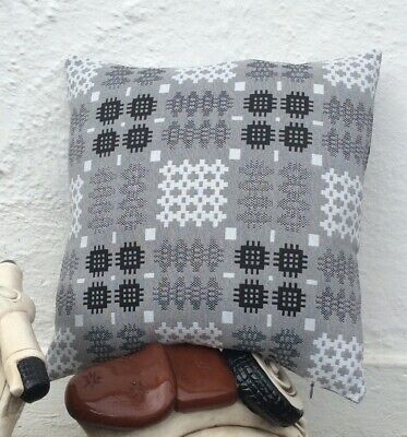 "Welsh Blanket Tapestry Pattern Cushion In Grey 18""x18"" • 35£"
