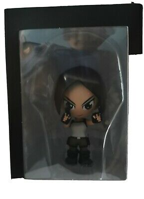 Lara Croft Tomb Raider Figure • 4£