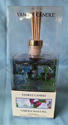 Yankee Candle  Reed Diffuser Garden Sweet Pea  In A  Hand Decorated Glass Bottle • 12£
