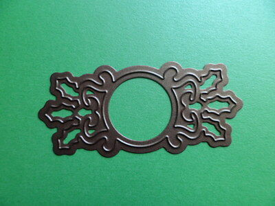 NEW. SUPER SPELLBINDERS  CHRISTMAS HOLLY SENTIMENT DIE - ABOUT 2 3/4  ( 7 Cm )  • 2.95£