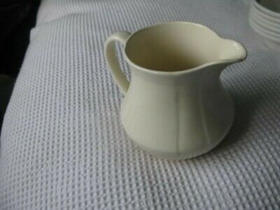 Alfred Meakin  Gravy Boat & Jug Cream Coloured. Unboxed, Old & Used But GC • 8.50£