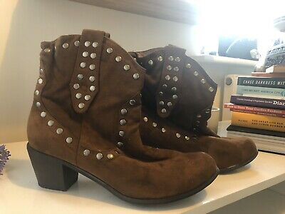 London Rebel Tan Faux Soft Suede Studded Ankle Boots Size 8 • 8£