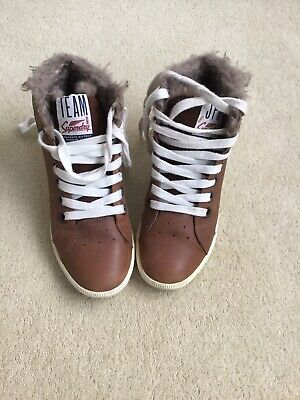 Superdry Womens Boots/shoes Size Uk 6 With Hidden Heel • 4.99£