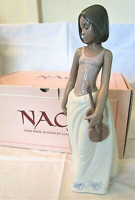 LLADRO/NAO Pretty Young Girl Playing Her Violin   Acordes De Violin   BOXED • 5.19£