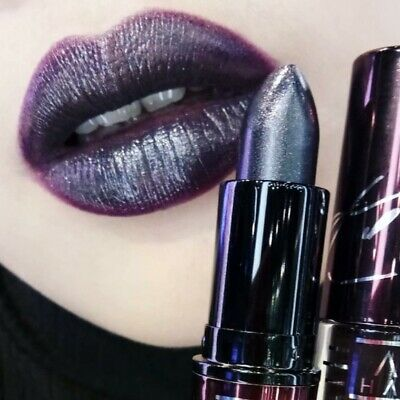 $18.99 • Buy MAC  STREET THING  Lipstick New In Box AUTHENTIC Limited Edition