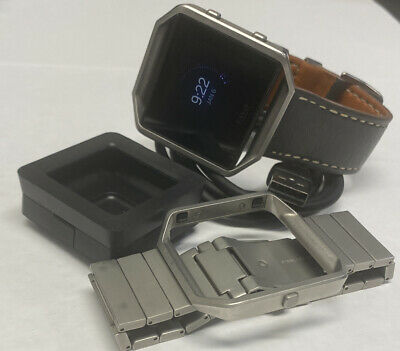 $ CDN56.39 • Buy Fitbit Blaze FB502 Activity Tracker One Small Band & One Universal With Charger