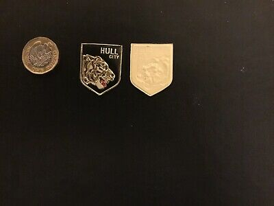 ESSO FOIL FOOTBALL CLUB BADGE HULL CITY Unused  NOT A PIN BADGE • 1.99£