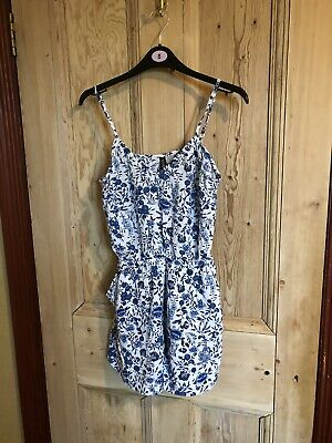 Size 10 (EU 38) H&M White & Blue Floral Playsuit, Summer, Holiday • 9.99£