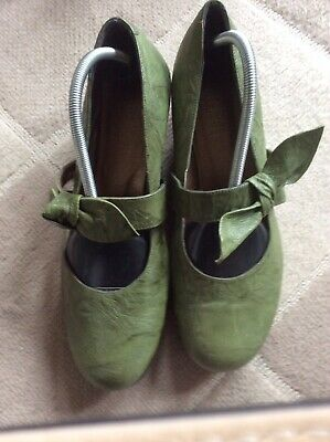 £16 • Buy Ladies Green Riva Shoes Size 40